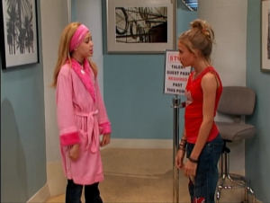 Miley explains to Lilly that she wanted to tell her, but Lilly is still mad that Miley kept it a secret in the first place