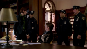 Beckett arrives to have Castle arrested for stealing her files