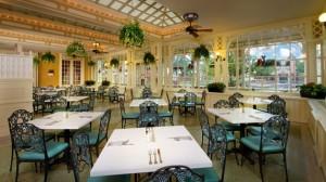 tonys-town-square-restaurant-00